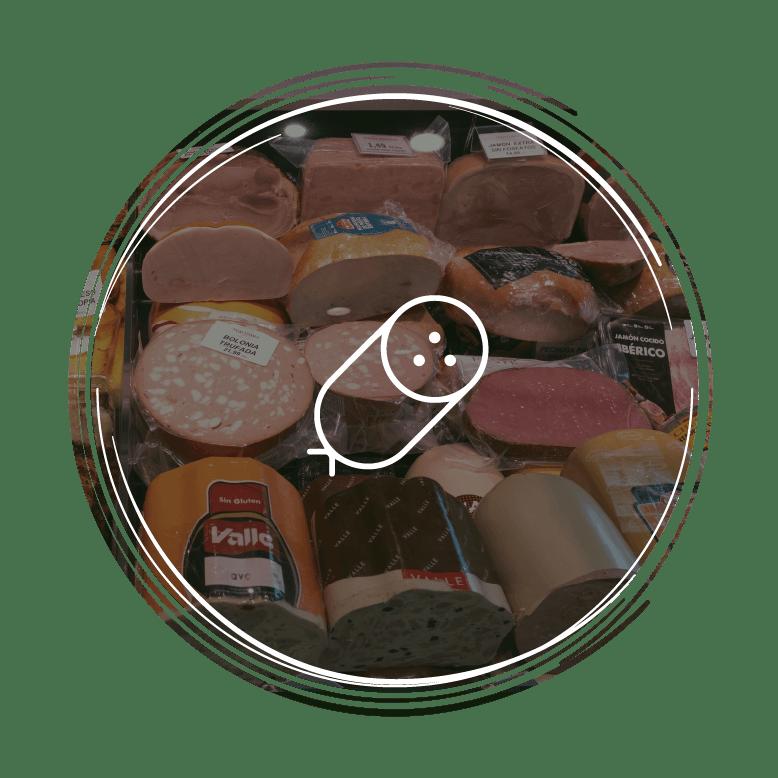 Morcillas, salami, chorizos, mortadela